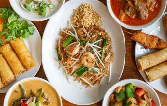 The Thai Garden Cafe serves freshly prepared thai food for dine-in, takeaway, markets, events and dinner parties.